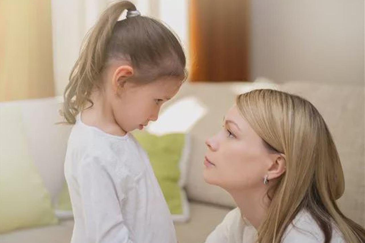"""""""Nem lehetsz autószerelő kislányom!"""" – Jó az, ha megmondjuk a gyereknek mi lehet és mi nem?"""
